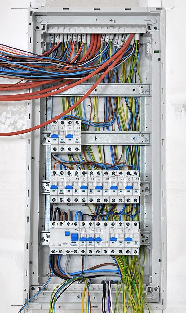 maintenance-electrique-st-nazaire-la-baule-nantes